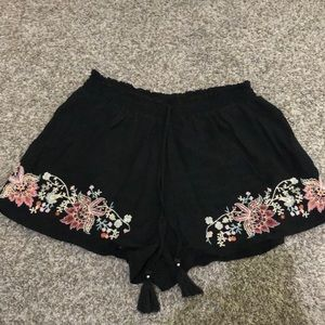 American Eagle flowy shorts size SP